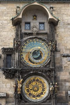 Prague astronomical clock - Wikipedia #Engineering I would LOVE to check out!!!