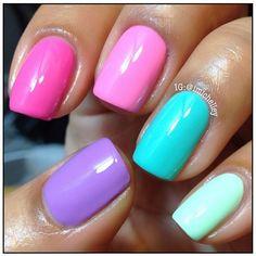 multicoloured nails