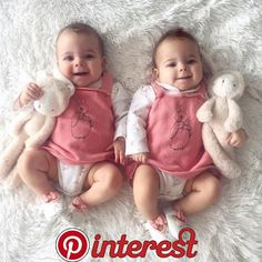 36 casual outfit ideas for your twins baby boy that make coo Cute Baby Twins, Twin Baby Girls, Cute Little Baby, Baby Kind, Twin Babies, Baby Love, Mode Instagram, Foto Baby, Baby Faces
