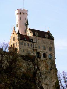 Schloss Lichtenstein, westliche schwäbische Alb
