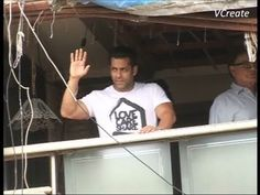 Salman Khan waves out to fan on the occasion of eid.