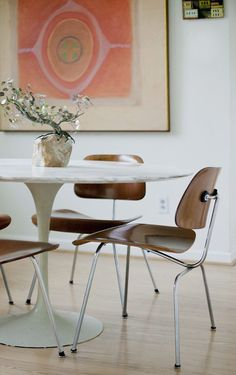 Mid Century Modern - dig the mix of mid century with marbel