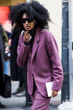 Holy Sh*t : Julia Sarr Jamois Street Outfit, Street Wear, Julia Sarr Jamois, Teen Jackets, What To Wear Tomorrow, Fashion Tips For Girls, Fashion 2020, Net Fashion, Color Fashion