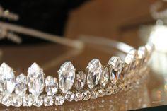 A hint of princess with this Richard Design tiara.  Pure class!