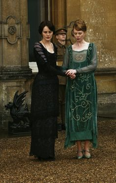 Lady Mary Lavinia- Downton Abbey hats and costumes Lady Mary Crawley, Downton Abbey Costumes, Downton Abbey Fashion, Edwardian Fashion, Vintage Fashion, Edwardian Era, Belle Epoque, Gothic Home, Moda Retro