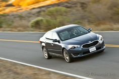 See @Edmund Spencer.com review of the 2014 Cadenza in the long-term road test: http://www.edmunds.com/kia/cadenza/2014/long-term-road-test/