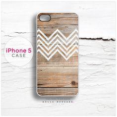 iPhone 5 case Wood and Geometric Chevron