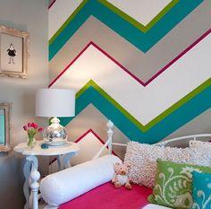 Bedroom in chevron decor