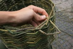 Basket making with pictures.