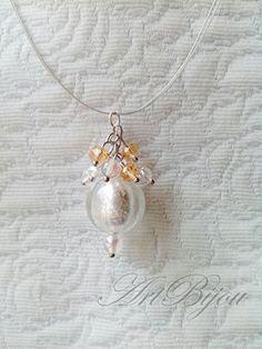 Collar Acero con Colgante de Cristal Gris, Transparente y dorado Moderno y Elegante