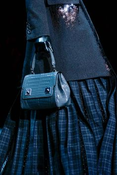 Marc Jacobs Fall 2015 Ready-to-Wear - Details - Gallery - Style.com