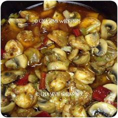 Gambas al pil pil - Spicy shrimp with garlic, chilly peppers and mushrooms (no we don't only make sushi :-D ). https://www.facebook.com/crea.sushiworkshops