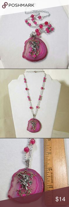 """HP❣New 💗Unicorn Agate Necklace Hot pink agate slice with  silver & gold tone unicorn. Pendant is approx 2"""". On 23"""" silver tone chain  with agate accent beads.  gift boxed. Jewelry Necklaces"""
