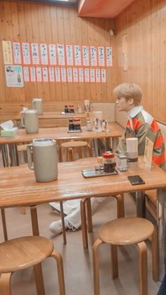 Mark Lee, Nct 127 Mark, All About Kpop, Jaehyun Nct, Lee Taeyong, Day6, Bullet Journal Inspiration, Boyfriend Material, Nct Dream
