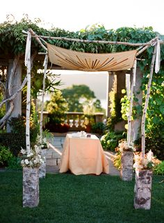 like the ribbon ties and pattern on the chuppah