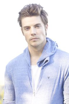 Josh Henderson - longer hair for men