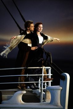 "Titanic Leonardo DiCaprio as Jack Dawson and Kate Winslet as Rose DeWitt Bukater - ""I'm flying"" Titanic Kate Winslet, Kate Winslet And Leonardo, Kate Winslet Young, Film Titanic, Titanic Photos, Rms Titanic, Titanic Poster, Billy Zane, Jack Dawson"