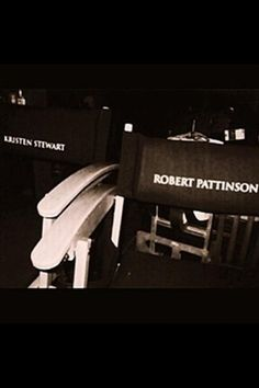 The Twilight Saga Twilight 2008, Twilight Cast, Twilight Series, Twilight Movie, Edward Bella, Robert Pattinson And Kristen, Twilight Pictures, Carlisle, Romance Novels