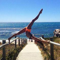 #Yoga Amanda Bisk