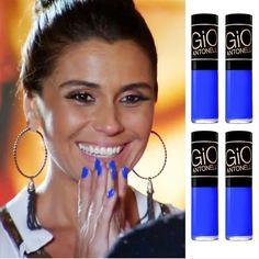 O esmalte azul da Giovanna Antonelli na novela Em Família