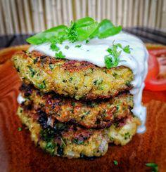 Veggie Cakes, Halloumi, Vegetarian Recipes, Healthy Recipes, Salmon Burgers, Nom Nom, Bakery, Food Porn, Veggies