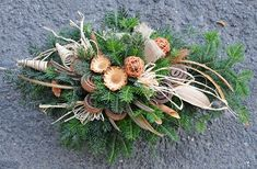 Funeral Flower Arrangements, Christmas Arrangements, Funeral Flowers, Floral Arrangements, Winter Wood Crafts, Christmas Wreaths, Christmas Decorations, New Year's Crafts, Sympathy Flowers