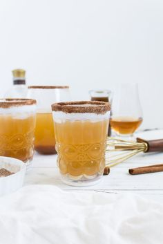 Foodie blogger Lexi of Glitter, Inc. shares a perfect fall cocktail recipe, and spin on a classic Kentucky Mule, combining homemade pumpkin ginger simple syrup, smooth bourbon, and spicy ginger beer, ideal for Halloween and Thanksgiving. | glitterinc.com | @glitterinc