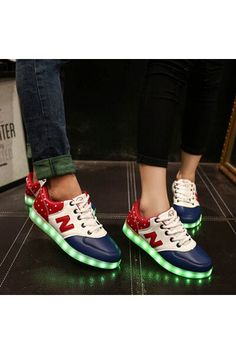 Fashion White Black RED Flat LED Casual Shoes 2016 New High-top Plus Size Led Shoes Women 7 colors Light Shoes - Intl | ราคา: ฿2,188.00 | Brand: Unbranded/Generic | See info: http://www.topsellershoes.com/product/27699/fashion-white-black-red-flat-led-casual-shoes-2016-new-high-top-plus-size-led-shoes-women-7-colors-light-shoes-intl