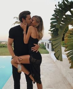 Couple goals, art of seduction, romantic couples, cute couples, cute relati Cute Relationship Goals, Cute Relationships, Photo Couple, Couple Shoot, Cute Couples Goals, Couple Goals, Infatuation Vs Love, Couple Tumblr, Classy Couple