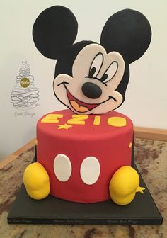 Mickey Mouse, Baking, Disney Characters, Cake, Bread Making, Pie Cake, Pie, Patisserie, Cakes