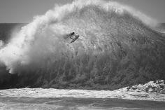 Эх, как же хочется на море! #фотограф Рэй Коллинз (Ray Collins) не мыслит своей жизни без морской воды. Запечатлевать эфемерную связь воды и света - это то, что вдохновляет его,что движет им каждый день. https://vk.com/album-9645907_250291566 #арт #фотограф #ДаримРадость #красота