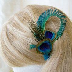 Accessoires de la mariée - Pince à cheveux avec plumes de paon                                                                                                                                                      Plus