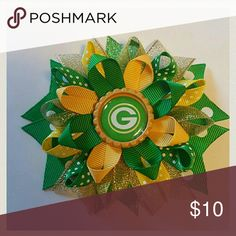 Green Bay Packers hair bow Comes on an alligator clip.  4-4.5 inches Brand new hairbow Accessories Hair Accessories