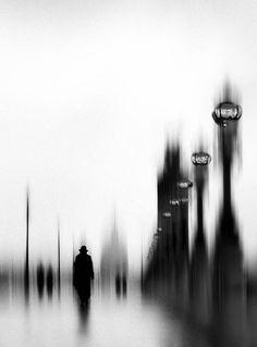 Les réverbères du pont Alexandre by Eric Drigny