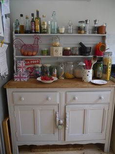 Ercol dresser rubbed down and painted in F Pavillion Gray - mm this colour would be perfect Grey Dresser, Welsh Dresser, Cottage Dining Rooms, Living Room Decor, Repurposed Furniture, Painted Furniture, Open Plan Kitchen, New Homes, Kitchen Cabinets