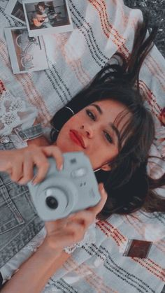 Hey everyone wanna selfie with me? Fifth Harmony Camren, Rides Front, Camila And Lauren, Pinterest Photos, Pop Singers, Shawn Mendes, Celebrity Crush, Girl Crushes, Selena Gomez