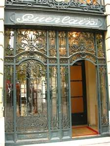 The Guerlain flagship store and spa, Paris, France. Love.....