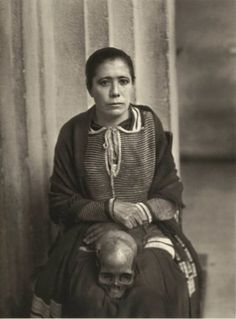 Agustín Víctor Casasola- Woman accused of witchcraft. Mexico City, ca. 1935