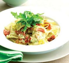 Creamy pesto ravioli |- #pesto #rocket #semi_dried_tomatoes
