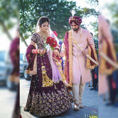 Sikh wedding dress, punjabi wedding couple, punjabi bride, indian wedding o Sikh Wedding Dress, Punjabi Wedding Couple, Wedding Lehnga, Punjabi Couple, Punjabi Bride, Bridal Dresses, Punjabi Wedding Suit, Wedding Couples, Indian Bridal Outfits