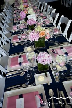 obsesssed.    Wedding Trends – One Long Table for All Guests