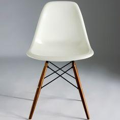 Eames - Easy Chair (Walnut)