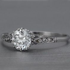 pretty vintage ring. love this!