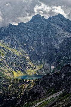 Rysy, Tatra Mountains, Poland, by Paweł Kijak (no copyright infringement intended). Slow Travel, Family Travel, Warsaw City, Tatra Mountains, Travel Photography, Landscape Photography, Travel Inspiration, Scenery, Places To Visit