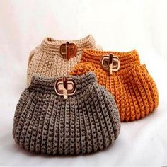 """New Cheap Bags. The location where building and construction meets style, beaded crochet is the act of using beads to decorate crocheted products. """"Crochet"""" is derived fro Bag Crochet, Crochet Clutch, Crochet Diy, Crochet Handbags, Crochet Purses, Love Crochet, Crochet Crafts, Crochet Stitches, Crochet Patterns"""