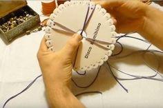 Cómo hacer pulseras de 4 hilos con disco Kumihimo