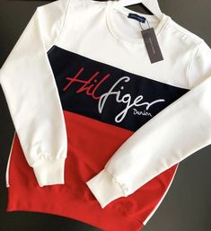 King Of Clothing Tommy Jeans Sweatshirt, Tommy Hilfiger Sweatshirt, Sueter Tommy Hilfiger, Polo Shirt Design, Supreme Clothing, Winter T Shirts, Long Sleeve Tee Shirts, Adidas Outfit, Boys Shirts