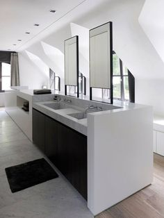 45 Fantastic Minimalist Bathroom Designs: 45 Fantastic Minimalist Bathroom Designs With White Wooden Bathroom Storage And Washbasin Design Minimalist Bathroom Design, Bathroom Interior Design, Minimalist Decor, Kitchen Interior, Modern Bathroom, Master Bathroom, Minimal Bathroom, Marble Bathrooms, White Bathroom
