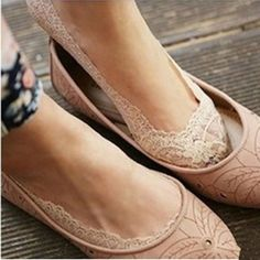 Spring Summer Cozy Lady Girl Elastic Cotton Lace Flower Floral Antiskid Invisible Low Ankle Cut Socks For Woman