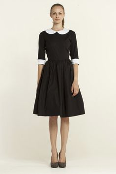 Black Dress With Two Detachable Collars and Cuffs | Mrs Pomeranz.